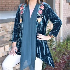 Blue Velvet Kimono With Flower Embroidery